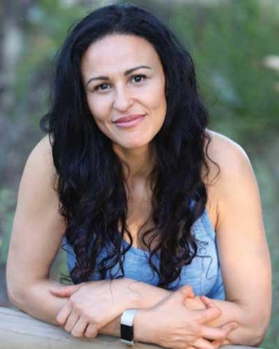 Bio Picture of Yvonne Lannelli